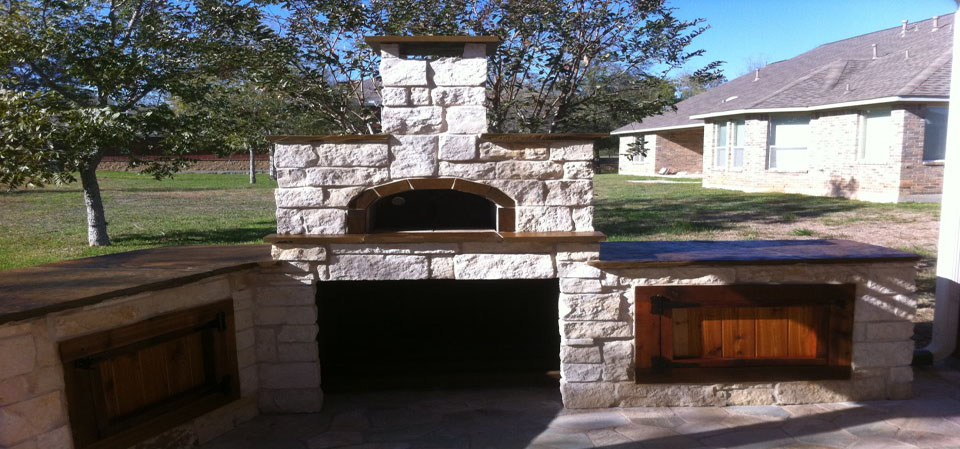 HomeScapes Construction | Outdoor Kitchens Pergolas Fire Pits Stone ...